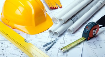 Construction Team  | 5 Tips That Will Help You Choose the Right Professionals for Your Project