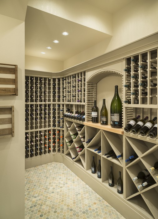7 house plans with stunning wine cellars wet bars for Wine cellar floor plans