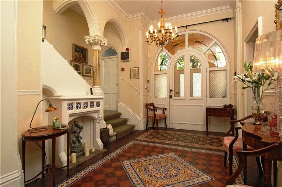 Pictures of the inside of victorian houses