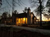This home was modified from the original design by Gilmer Development (www.gilmerdevelopment.com)