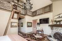 Master Bedroom<br>Gilmer Development (www.gilmerdevelopment.com)