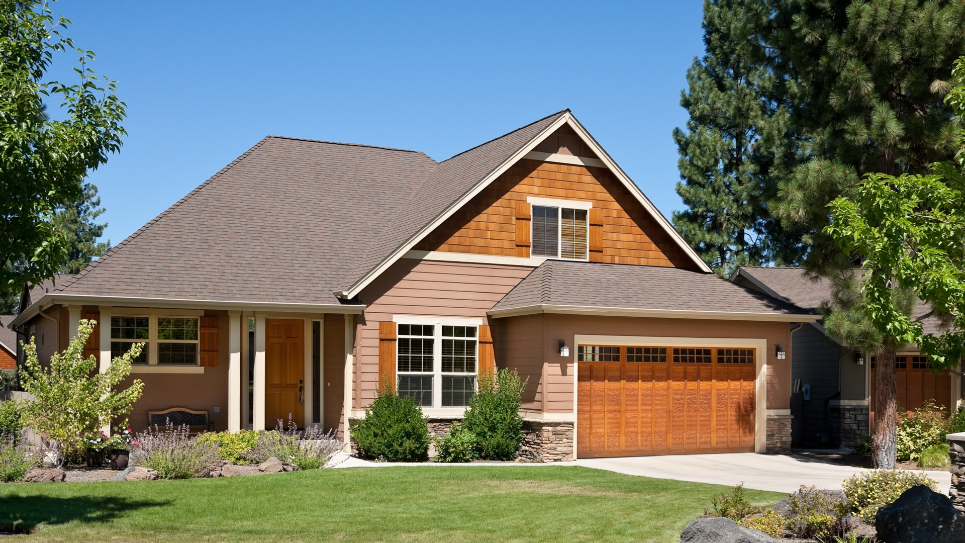 Country house plan 22134 the carillion 2074 sqft 3 for Houseplans co