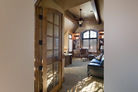 Image for Rivendell Manor-Storybook Splendor in the Street of Dreams-6260