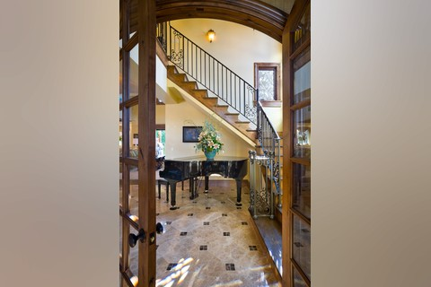 Image for Rivendell Manor-Storybook Splendor in the Street of Dreams-6261