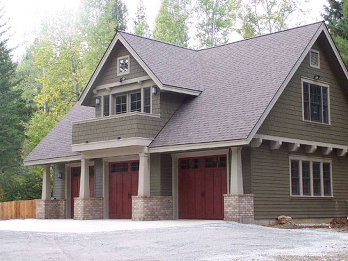 Carriage house garage apartment plans the garage plan shop for Garage apartment homes