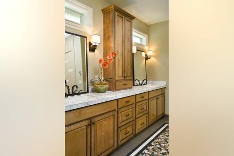 Image for Vidabelo-Elegant Craftsman with Double Master Suites-4202