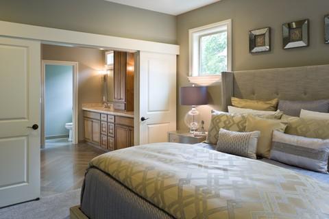 Image for Vidabelo-Elegant Craftsman with Double Master Suites-4201
